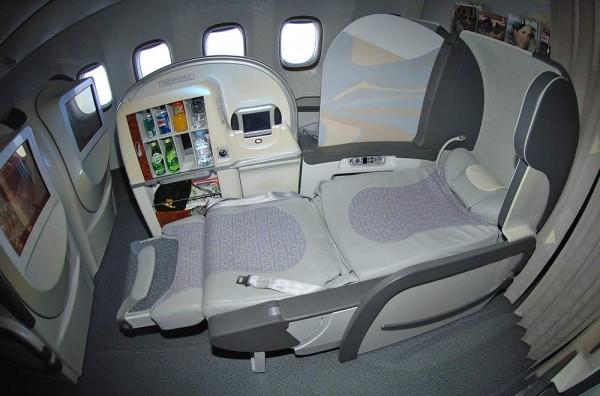 Seat Map Emirates Boeing B777 300ER three class ...