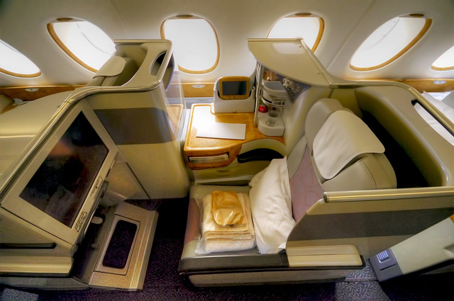 emirates-business-class A380