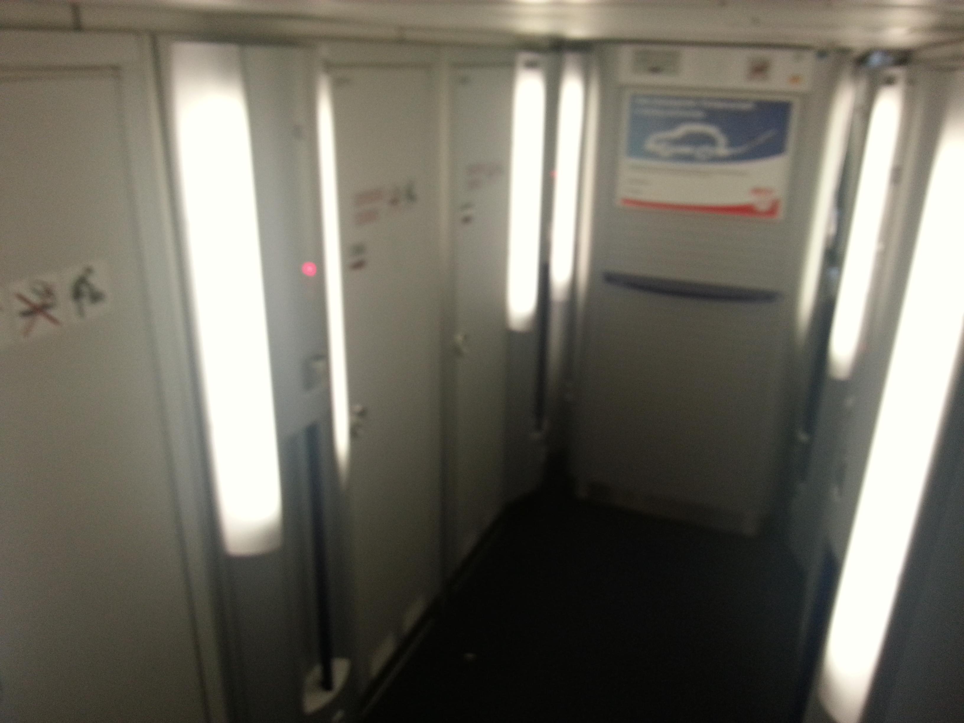 Seat Map Lufthansa Airbus A340 600 297pax Seatmaestro